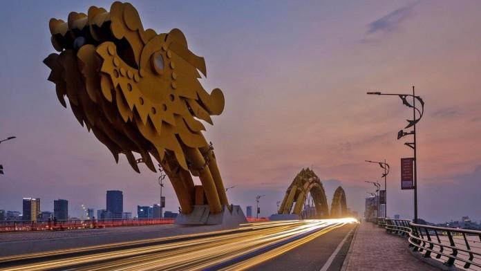 Vietnam, Drachenbrücke