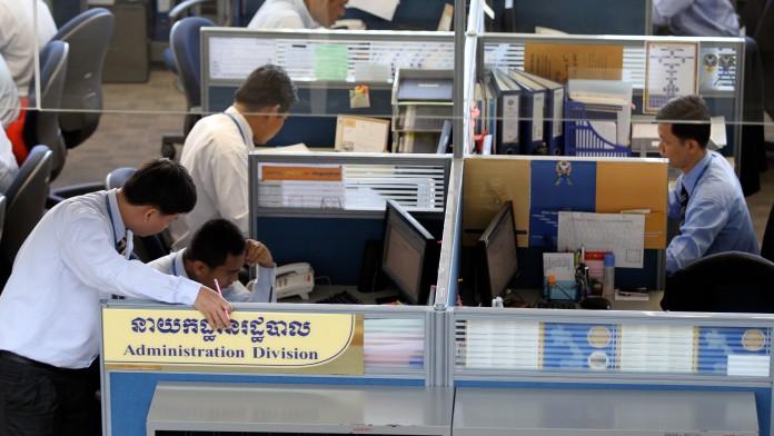 Die DEG ist der langfristige, verlässliche Partner für Banken, Versicherungen und Spezialfinanzierer wie Leasingunternehmen, die in Entwicklungsländern tätig sind.