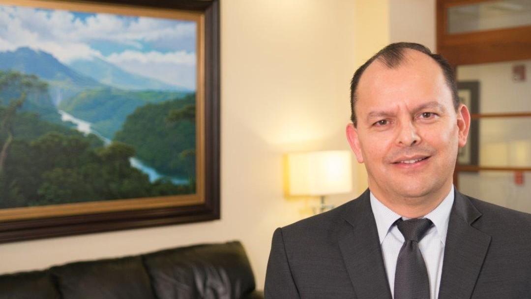 Félix Alpízar Lobo; Banco Improsa; Costa Rica