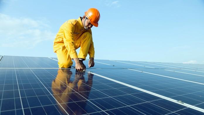 Der deutsche Projektentwickler PV2 vertreibt Solaranlagen für lokale Unternehmen auf den Philippinen.