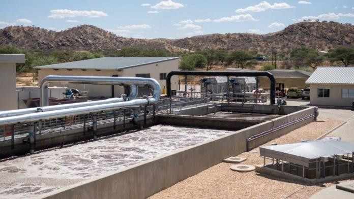 Die DEG finanzierte eine hochmoderne Wasserreinigungsanalge des namibischen Unternehmen Ujams.